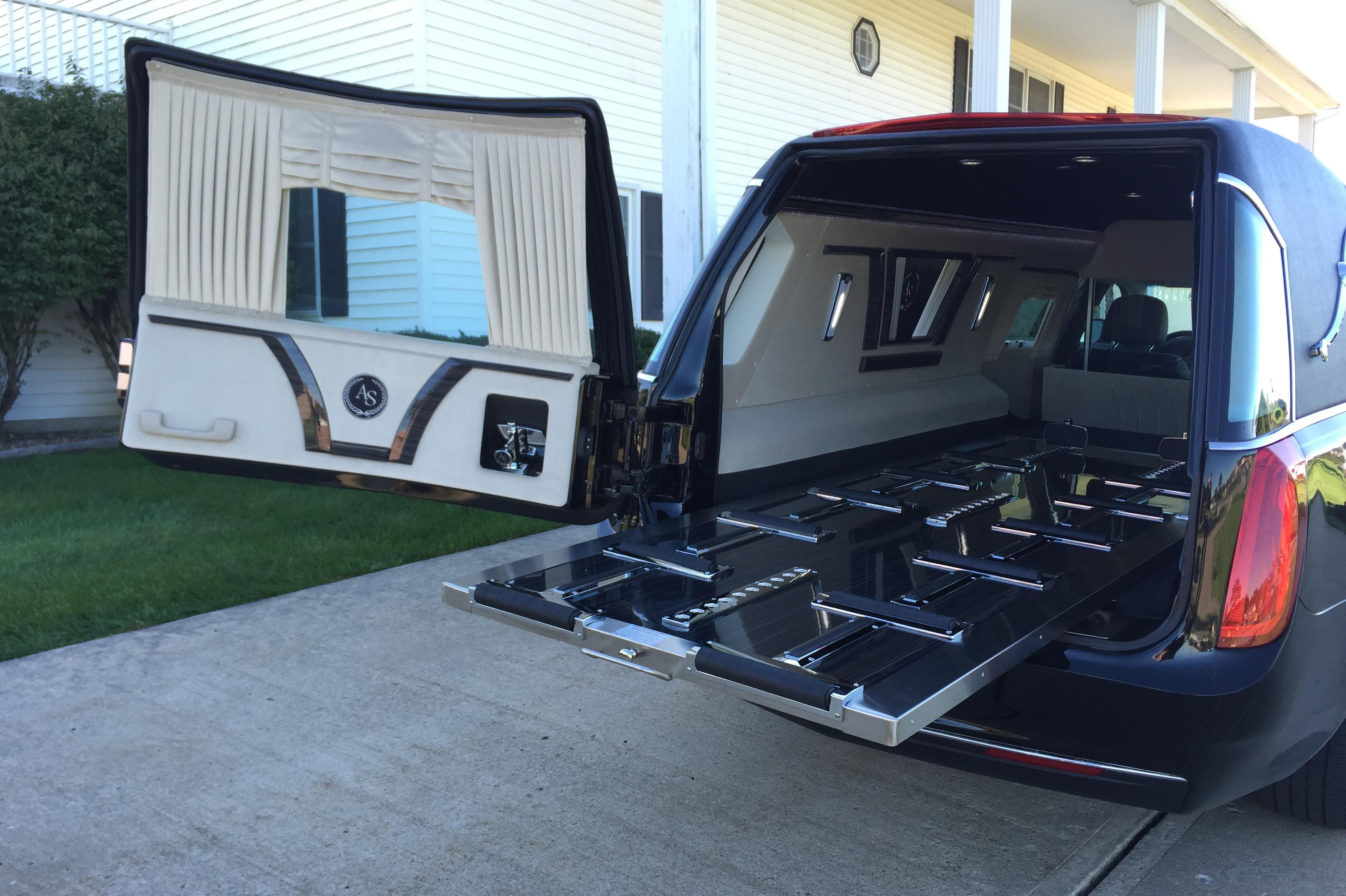 crown landaulet hearse car armbruster stageway. Black Bedroom Furniture Sets. Home Design Ideas