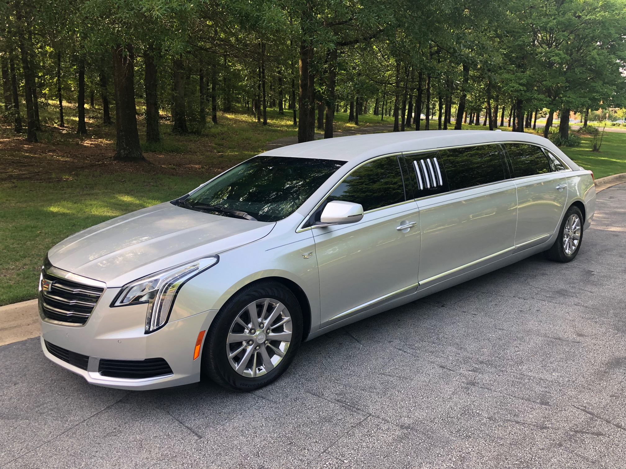 Limo For Sale >> Xts 70 Armbruster Stageway Limousine For Sale
