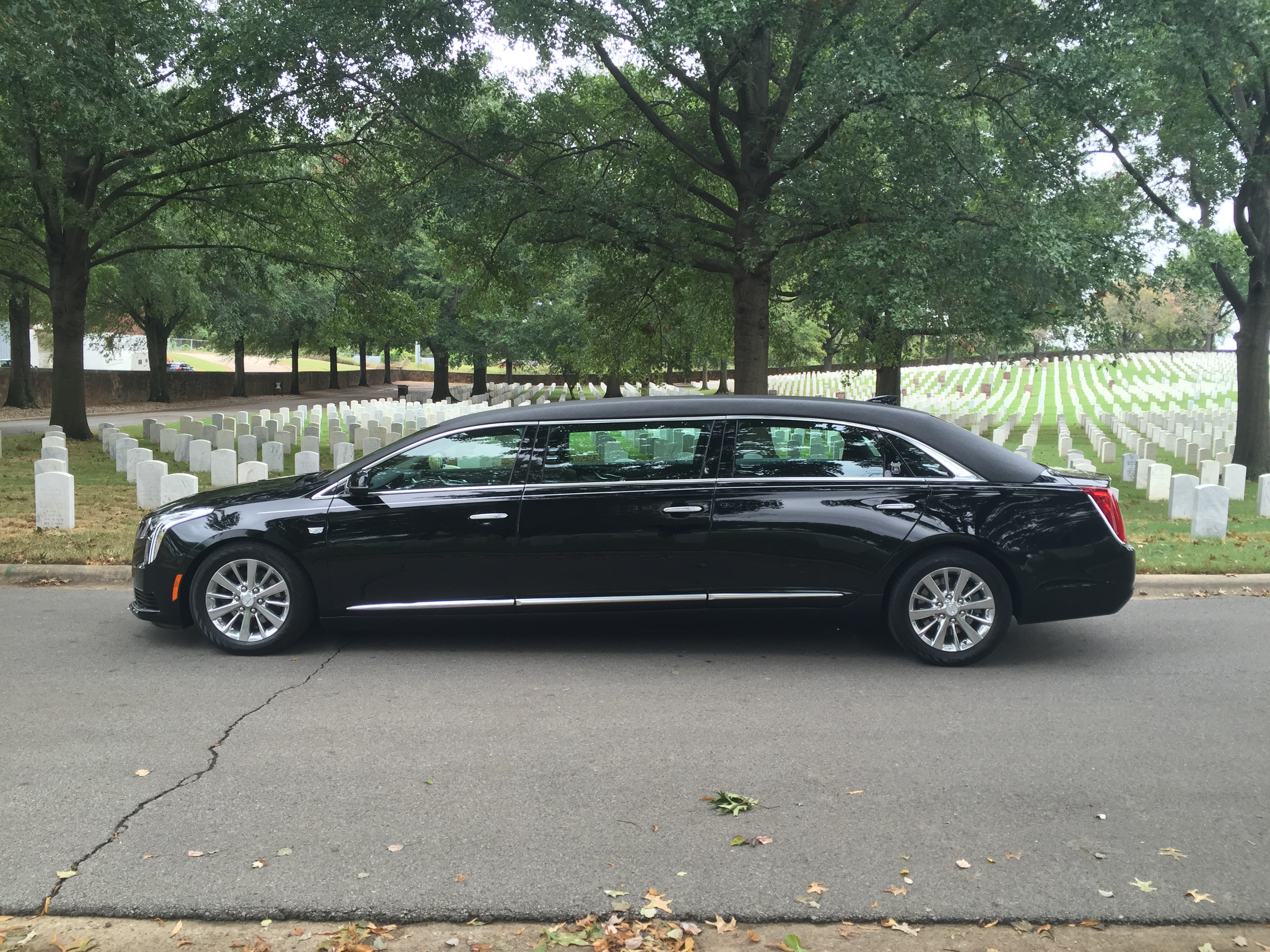 XTS-L6 - Armbruster Stageway - Limousine For Sale